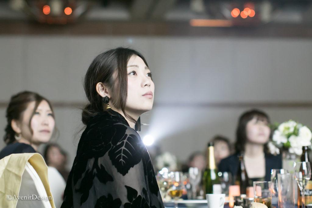 披露宴|映像演出中の雰囲気