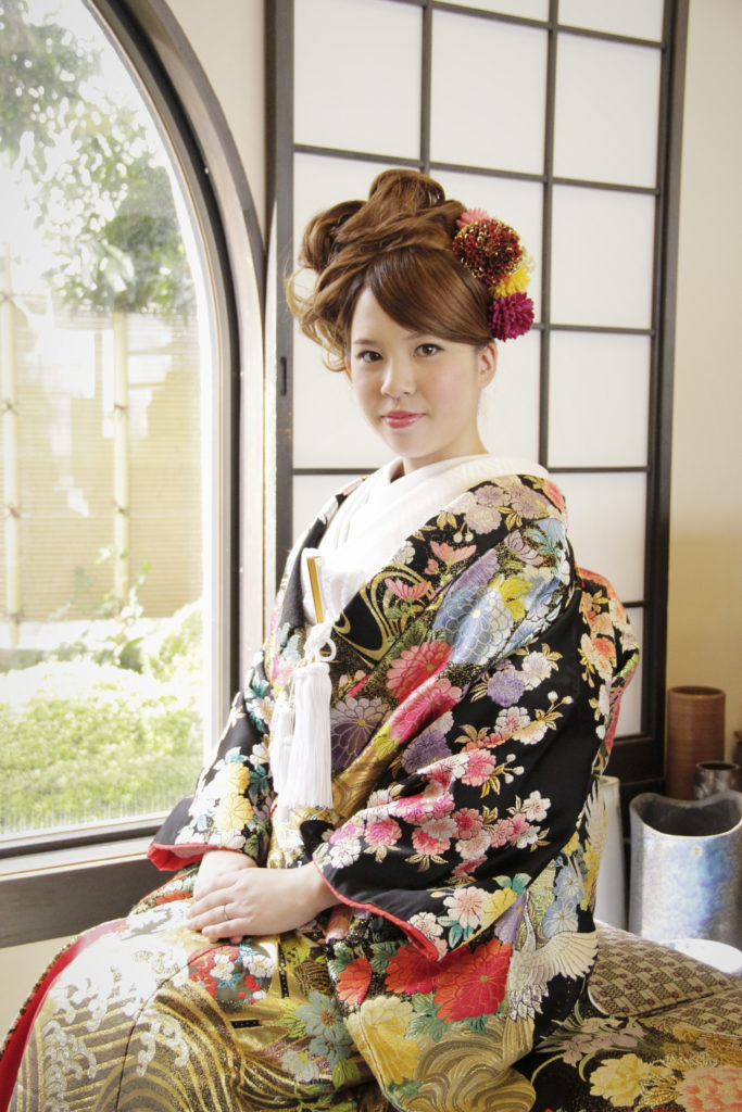 花嫁の写真|大牟田市の草木饅頭店内